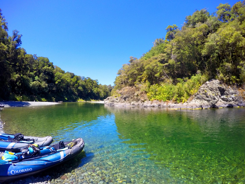 Kayak New Zealand Banner