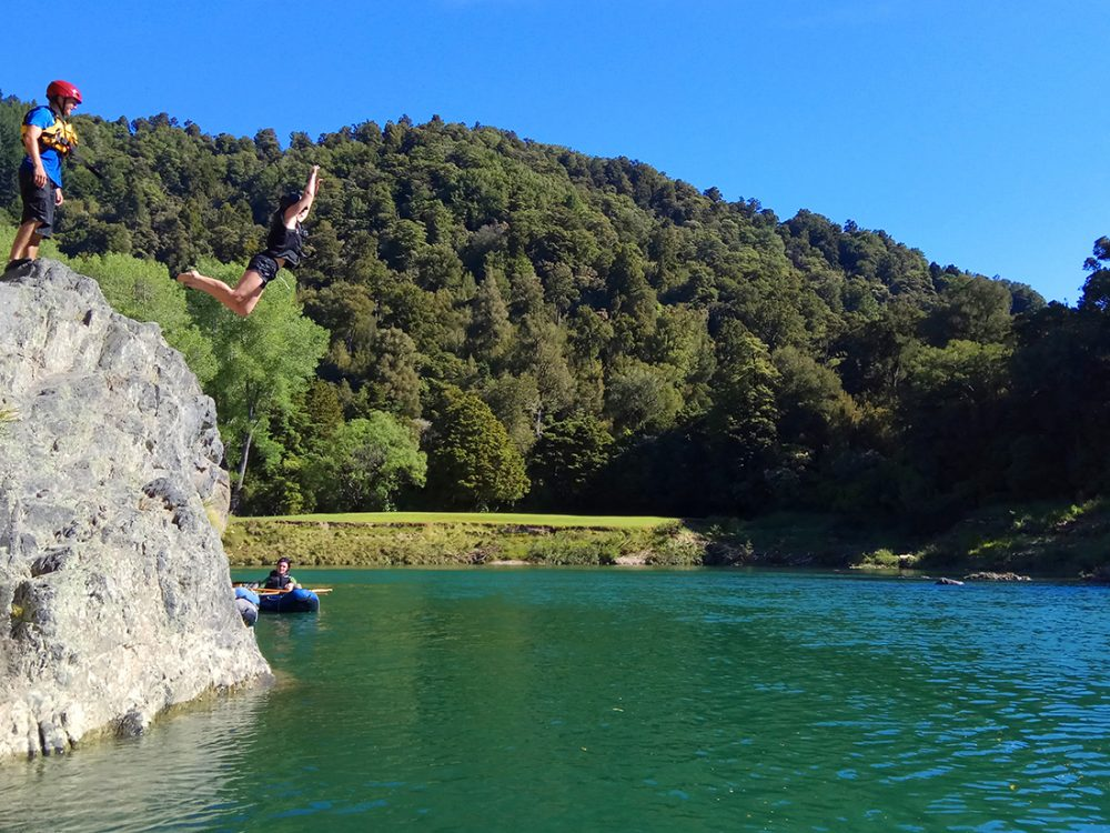 Big Jump at the Pelorus River in New Zealand