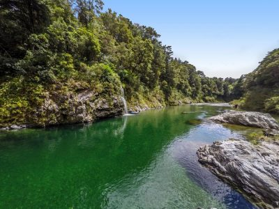 Beautiful Pelorus River in Havelock, NZ