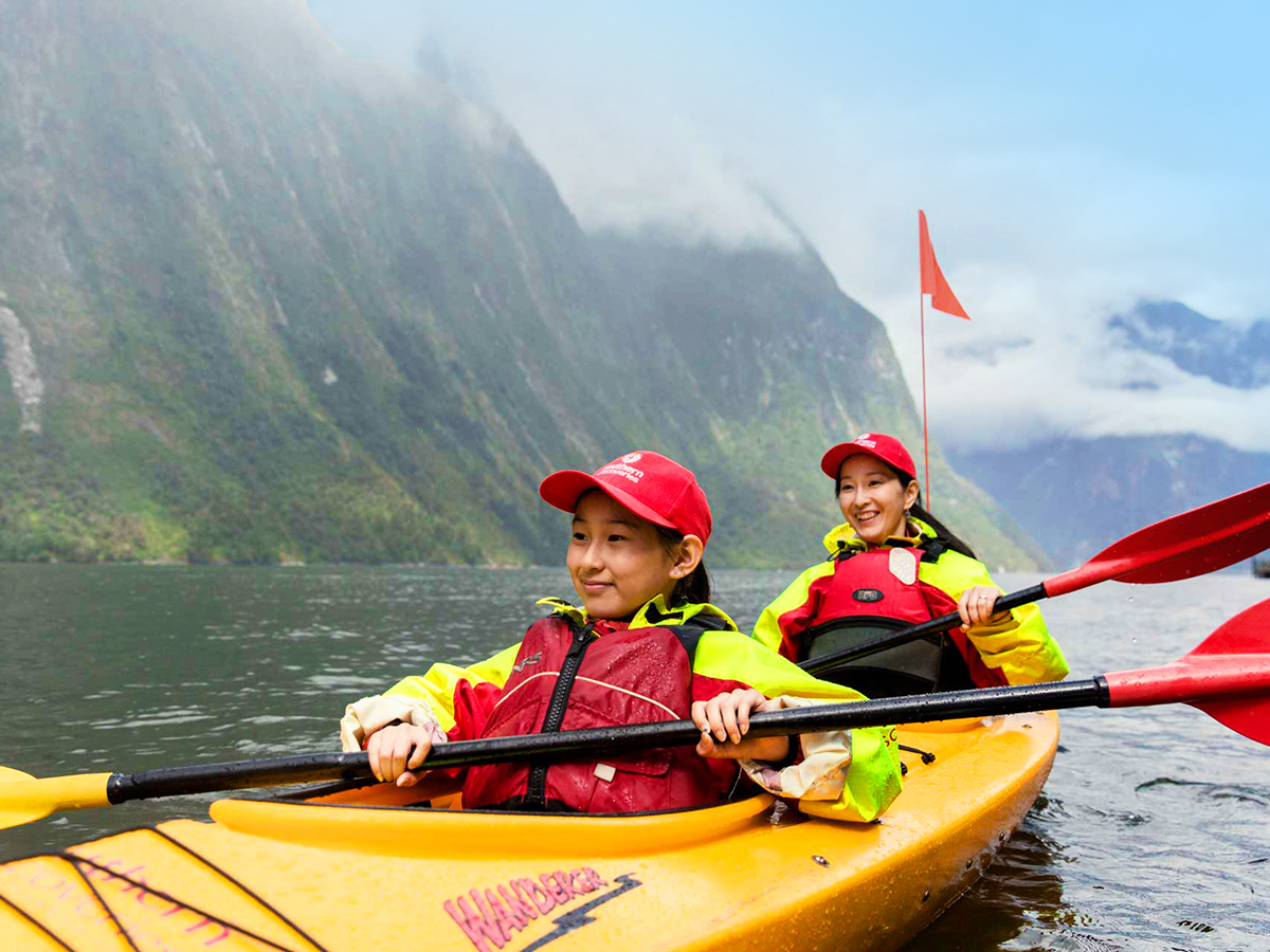 Family Kayaking Tour Milford Sound