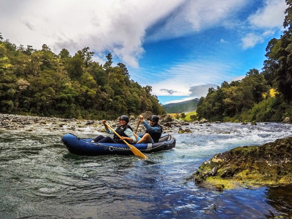 Couple Kayaking Tour NZ