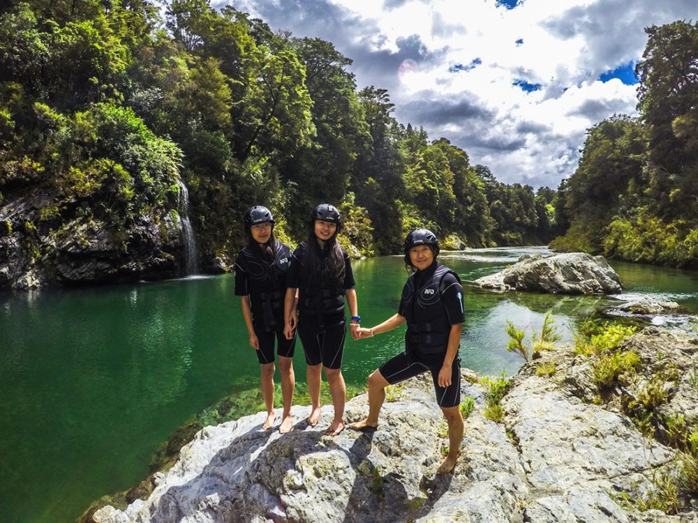 Friends Kayakers Pelorus River NZ