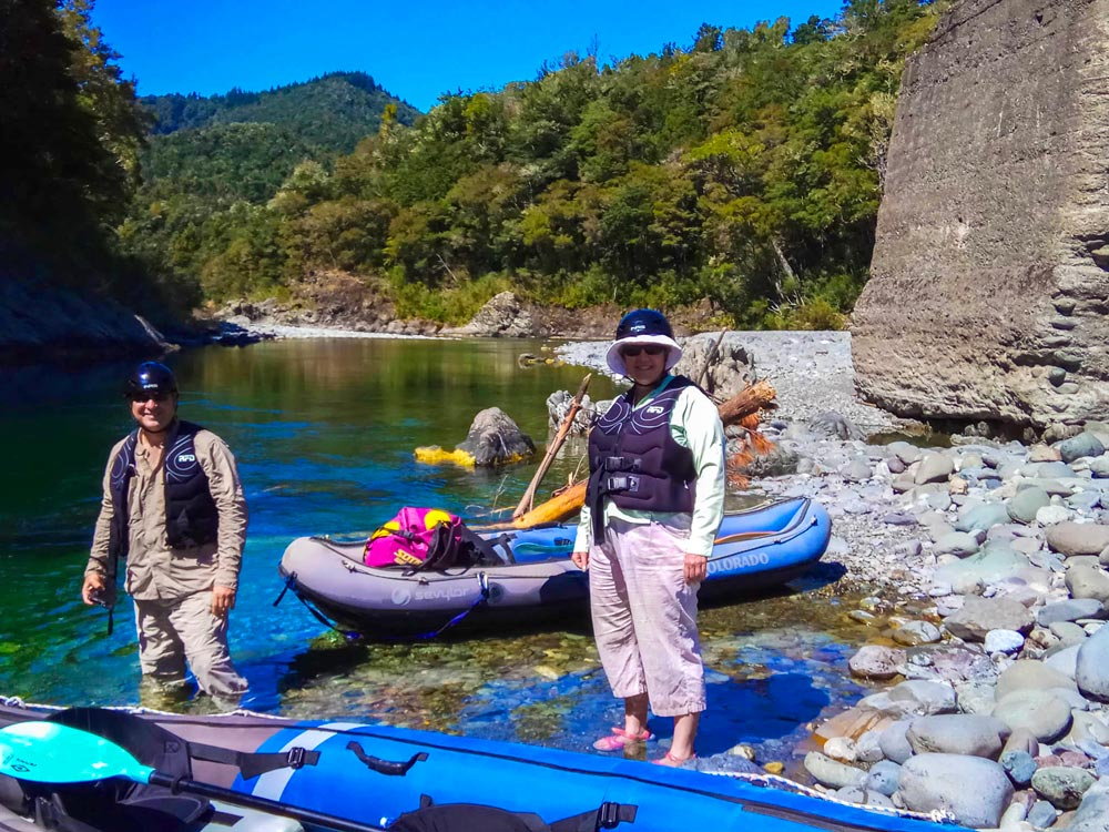 Couple doing Kayaking Tour in New Zealand