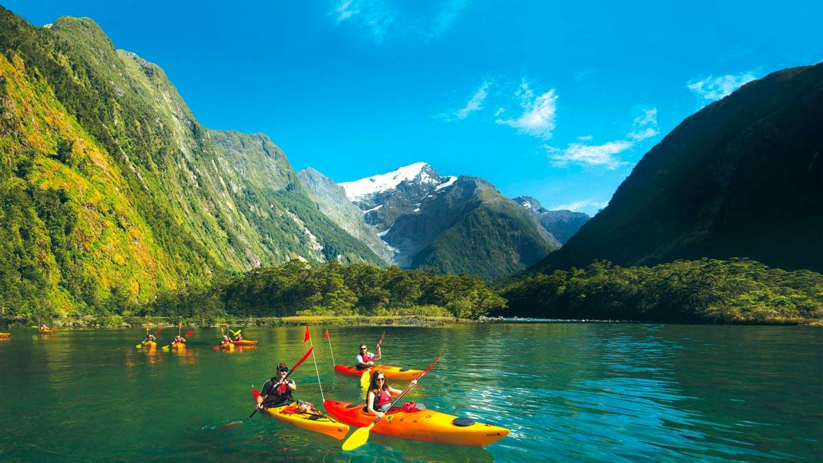 Kayaking Adventures Families Milford Sound