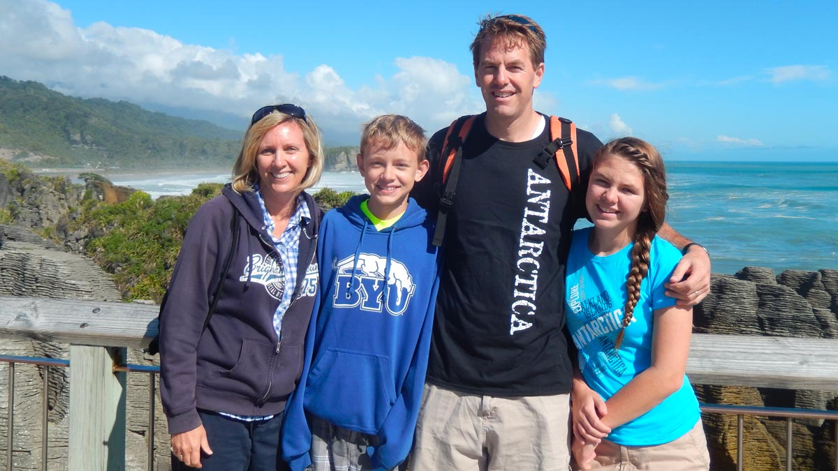 Travel in New Zealand with Kids in Punakaiki