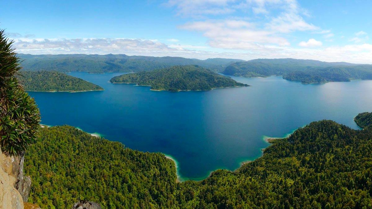 Hiddden Kayaking Gems New Zealand's North Island Lake Waikaremoana