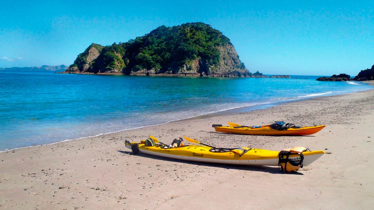Kayak Shop & Rental in Bay of Islands, New Zealand