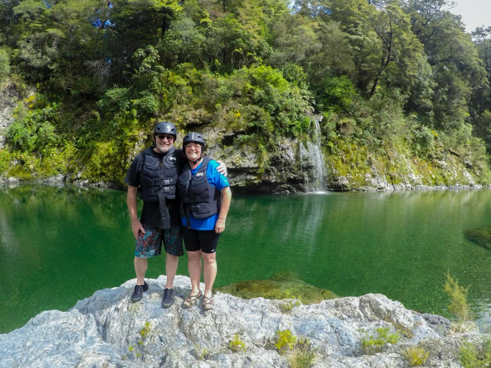 Couple at the Pelorus River in New Zealand