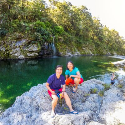 Girls at the Pelorus River, New Zealand