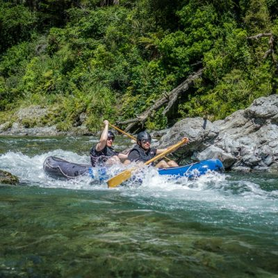 Kayaking at the Pelorus River, NZ South Island