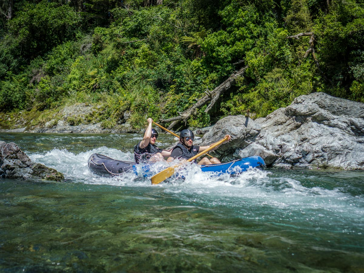 Kayaking at the Pelorus River, NZ South Island