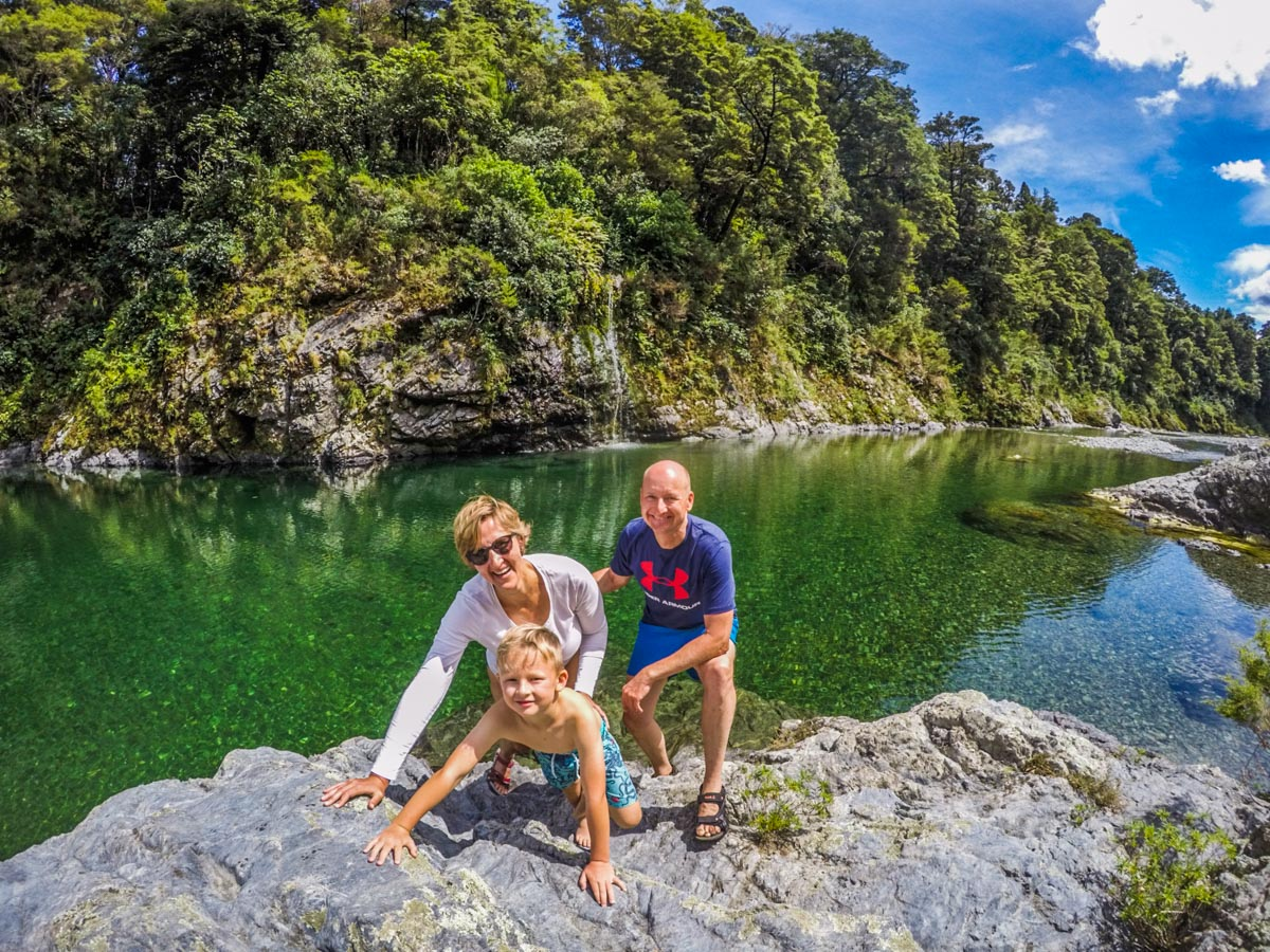 Family at the Pelorus River, Havelock