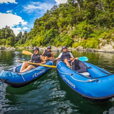 Group Kayaking at the Pelorus River, NZ
