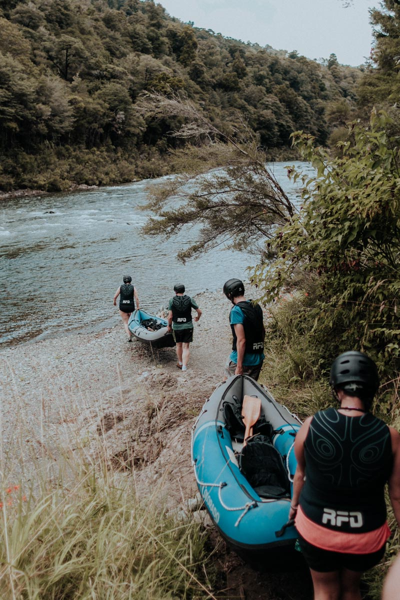 Getting to the Pelorus River with Kayaks