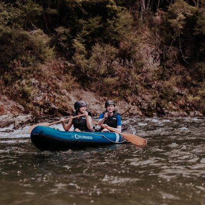Happy friends Kayaking at the Pelorus River