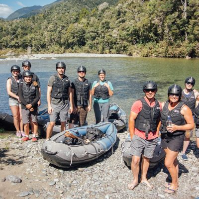 Kayak Group at the Pelorus River, Havelock