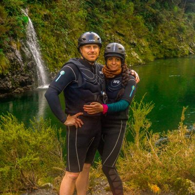 Couple at the Pelorus river, Havelock