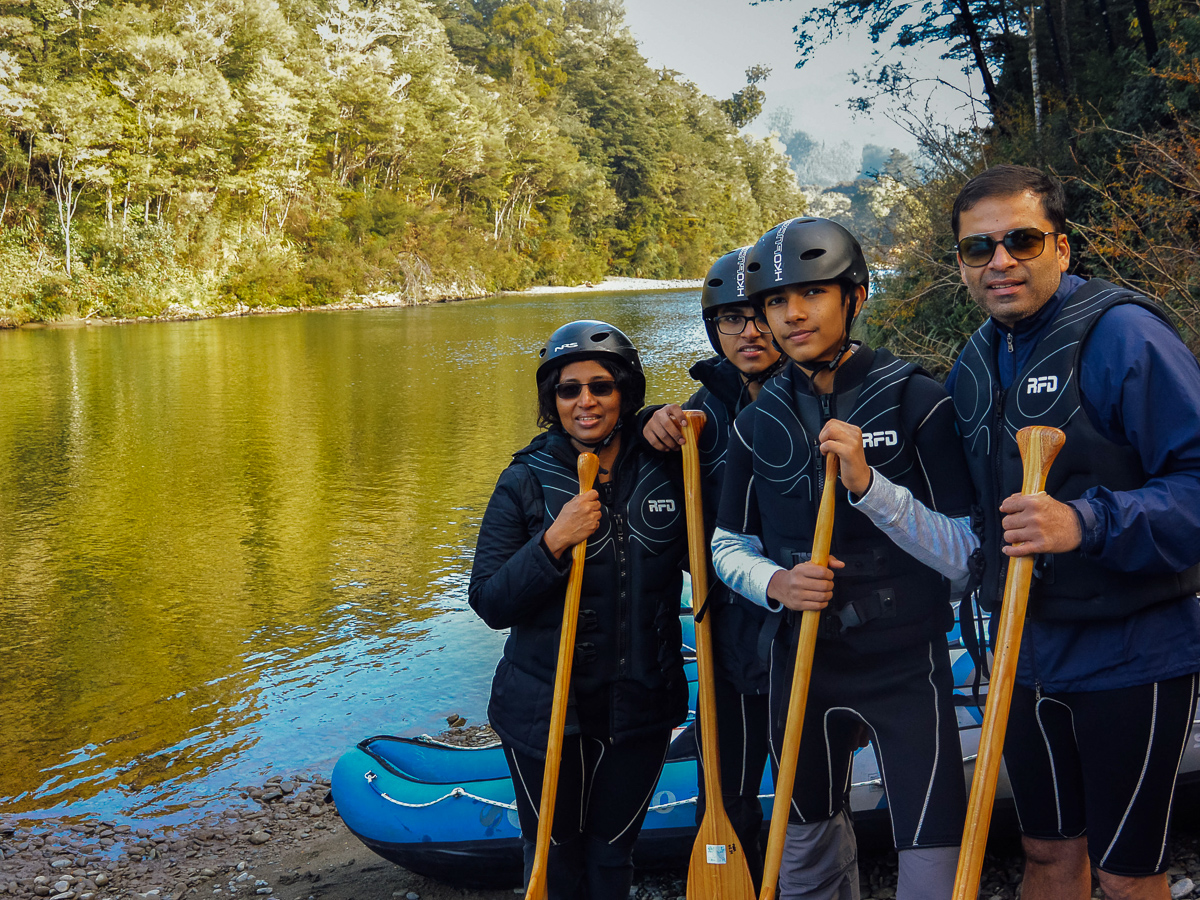 Family having a Kayaking Tour in New Zealand