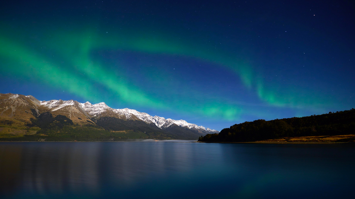 Things to do in New Zealand in Winter Southern Lights