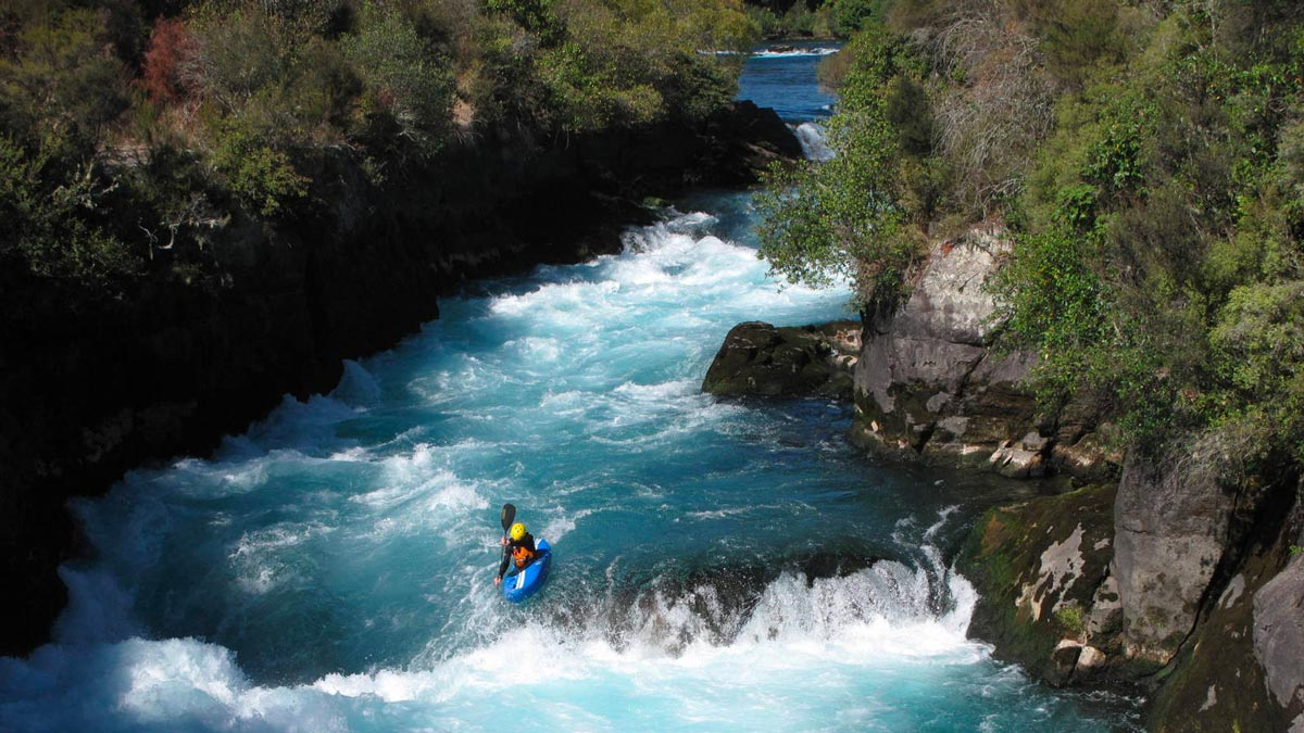 Waikato River Kayaking in New Zealand