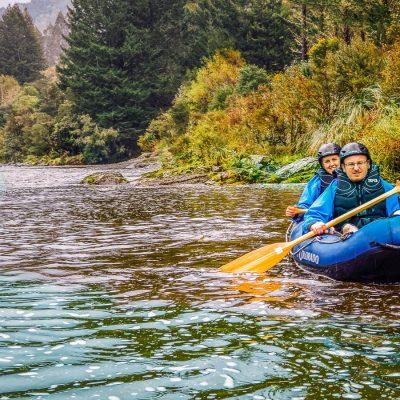 Couple kayaking the Pelorus river in Marlborough