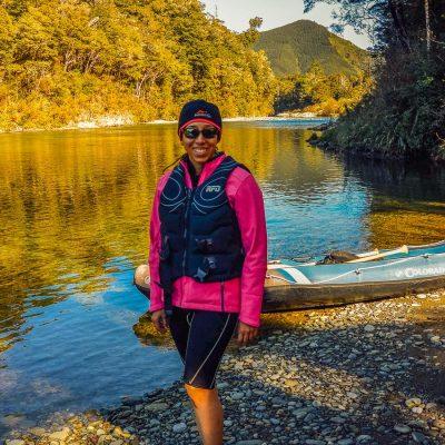 Kayaker at the Pelorus river, Marlborough