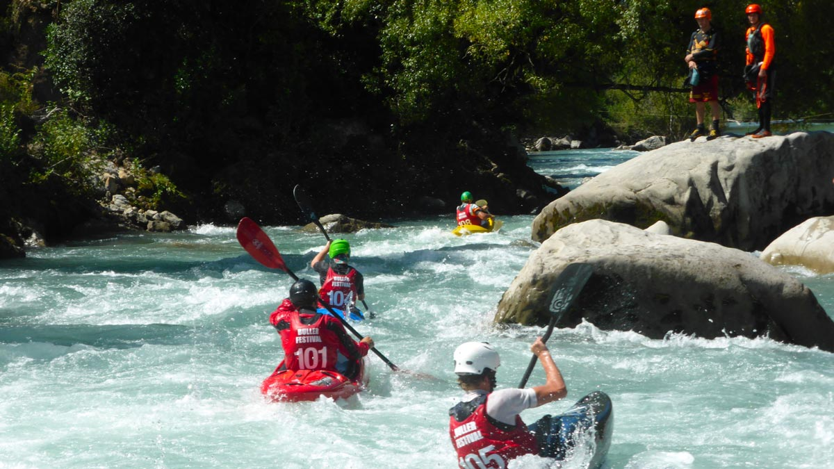 Whitewater Kayaking on Buller River, New Zealand