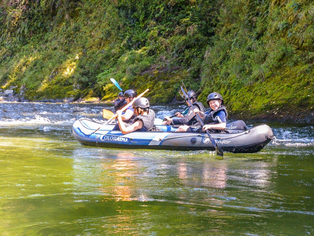 Family having a kayaking tour in NZ