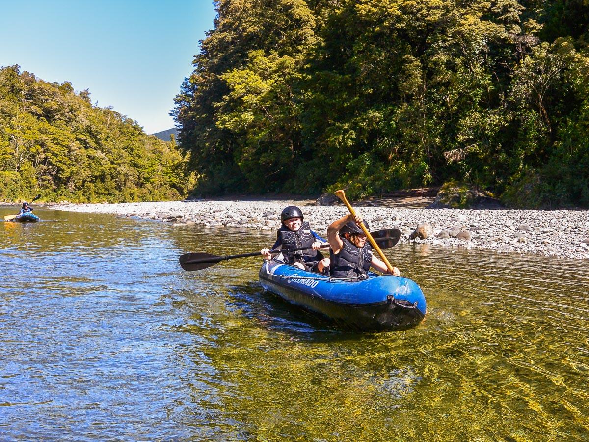 Kids kayaking at the Pelorus river, NZ