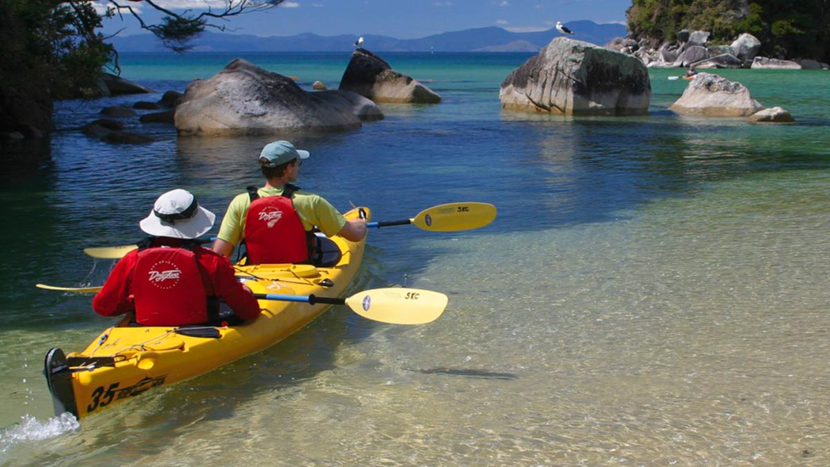 Sea Kayaking Abel Tasman New Zealand