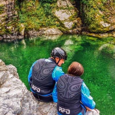 Couple above the Pelorus river