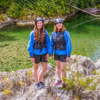 Girls at the Pelorus river