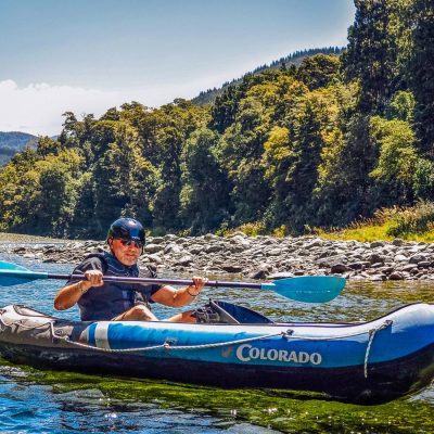 Kayaker at the Pelorus river