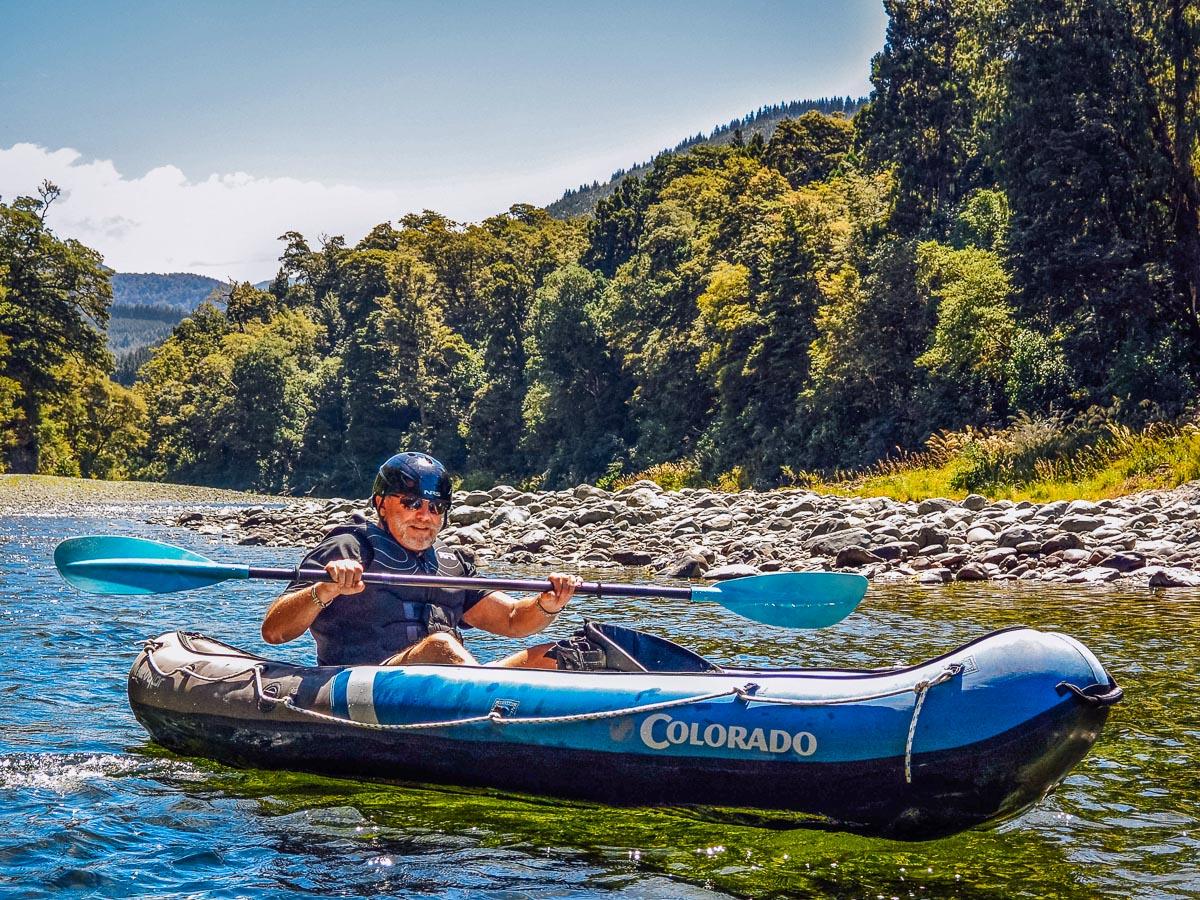 Kayaker at the Pelorus river