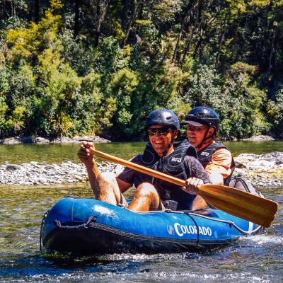 Dad and son kayaking at the Pelorus river