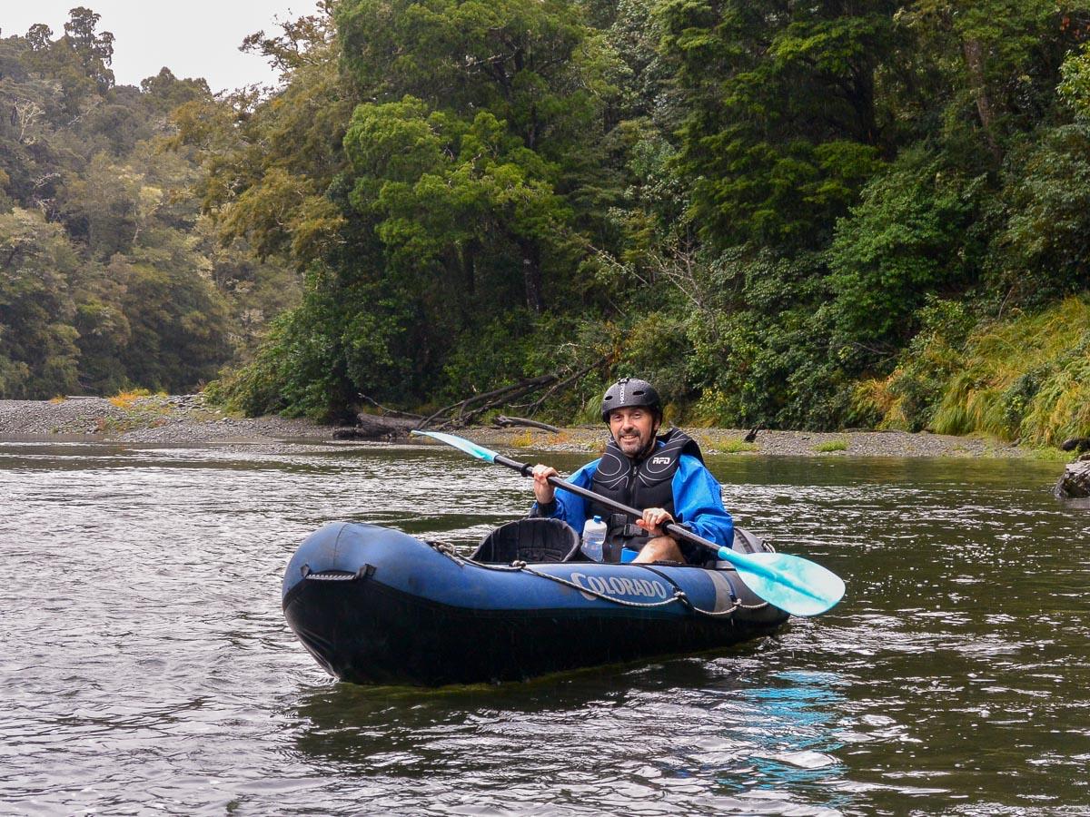 Guest kayaking the Pelorus river
