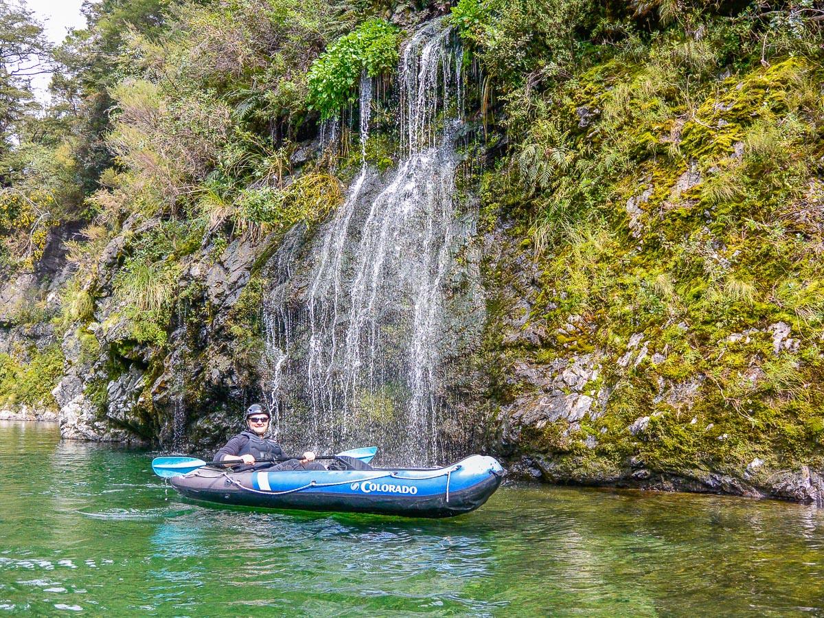 Hobbit Kayak tour in New Zealand