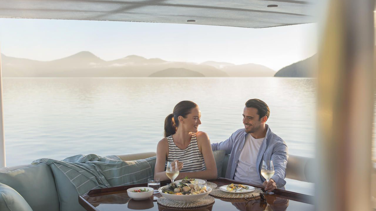 Sailing Honeymoon New Zealand